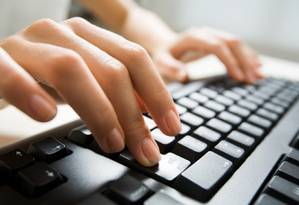 Além de criar uma logo e loja virtual, os serviços digitais ajudam o empreendedor a geranciar equipes, controlar as finanças e organizar vendas Foto: Reprodução internet