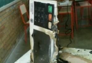 Urna foi incendiada com gasolina Foto: Divulgação