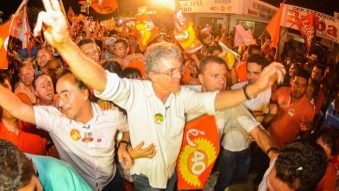 Ricardo Coutinho é reeleito na Paraíba Foto: O Globo