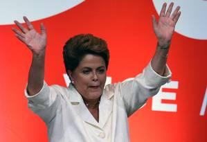 Após disputa apertada, presidente Dilma Rousseff discursa sobre vitória em Brasília Foto: EVARISTO SA / AFP