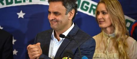 Aécio Neves: 'Desejei a ela (Dilma) sucesso na condução do seu próximo governo!' Foto: YASUYOSHI CHIBA / AFP