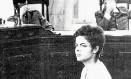Foto mostra Dilma em interrogatório em 1970 Foto: Adir Meira / Reprodução da Revista Época