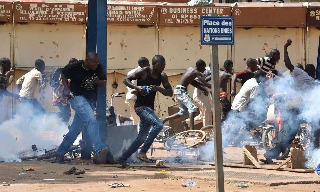 Protestos como o de Burkina Faso são raros na África Subsaariana Foto: ISSOUF SANOGO / AFP