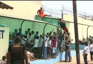 Presos fogem do presídio de Pedrinhas, no Maranhão Foto: Reprodução