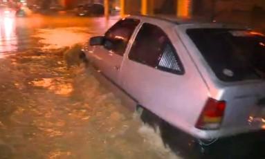 Enchentes provocaram morte no Espírito Santo e diversos pontos de alagamento pelo estado Foto: TV Gazeta / Reprodução