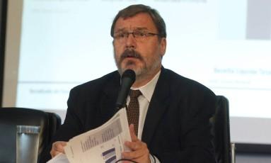 O secretário do Tesouro Nacional, Arno Augustin Foto: Givaldo Barbosa / Agência O Globo