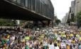 Protesto contra reeleição de Dilma reúne 3 mil pessoas em São Paulo