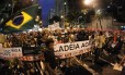 RI - Rio de Janeiro - 24/06/2013 - Manifestação na Candelária - Foto Marcelo Piu / Agência o globo