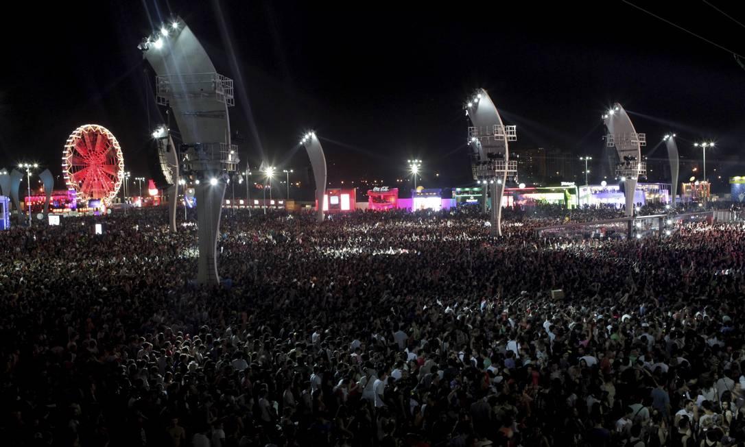 Multidão lota o segundo dia do Rock in Rio 2013 Foto: Pedro Kirilos / Agência O Globo