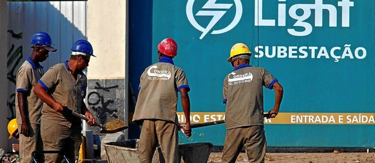 Subestação da Light: empresa afirma ter pedido reajuste em torno de 20% Foto: Dado Galdieri / Dado Galdieri/Bloomberg/11-2-2014