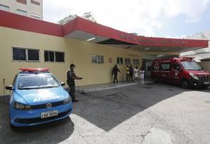 Bandidos resgatam o traficante conhecido como Bebezão Foto: Pablo Jacob / Agência O Globo