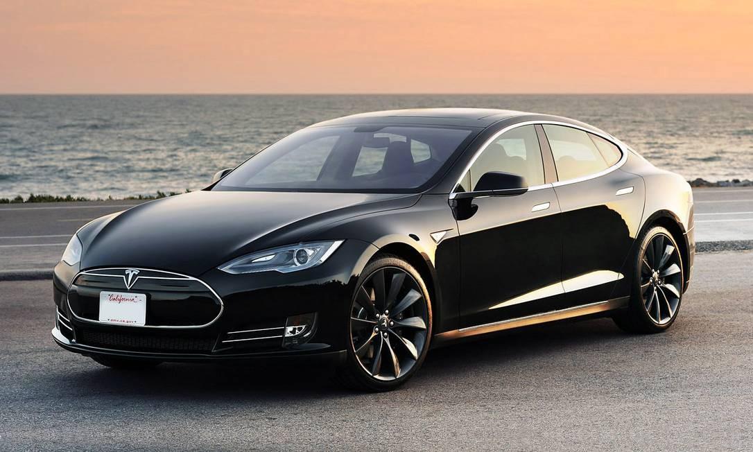 Sedã fabricado na Califórnia é um dos melhores exemplos de carros elétricos Foto: Divulgação / DREW PHILLIPS