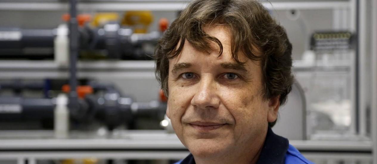 Cristiano Borges, engenheiro químico e professor:'Morrem de sede, e o mundo se lixa' Foto: Ivo Gonzalez / Agência O Globo