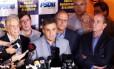 Aécio diz que oposição tinha razão quando alertou sobre corrupção na Petrobras