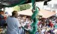 Joaquim Barbosa prestigia o tradicional samba do Clube Renascença, no Andaraí