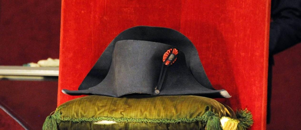 Em 15 anos de reinado, Napoleão usou cerca de 120 chapéus Foto: DOMINIQUE FAGET / AFP