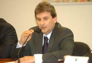 Alberto Youssef, em foto de 2005, depõe na CPMI dos Correios Foto: Geraldo Magela / Agência Senado