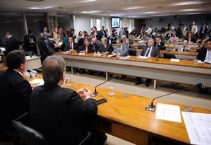 CPI mista da Petrobras aprova convocação de ex-diretores da Petrobras Foto: Agência Senado