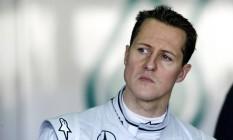 Segundo o ex-piloto da F-1, Philippe Streiff, Schumacher está numa cadeira de rodas e com problemas de memória e fala Foto: JOSE JORDAN / AFP