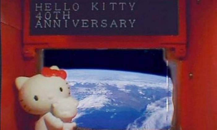 Boneca Hello Kitty viajou em missão financiada pelo governo japonês no satélite Hodoyoshi-3 Foto: Reuters