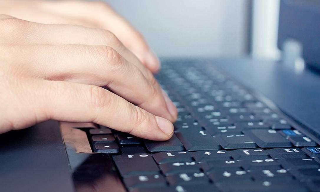 Comércio de spyware utilizado pelos governos vale cerca de US$ 5 bilhões por ano Foto: / Freeimages