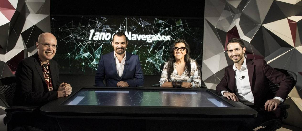 Regina Casé participa do aniversário de um ano do 'Navegador' Foto: TV Globo / TV Globo