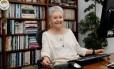 A autora Maria Adelaide Amaral
