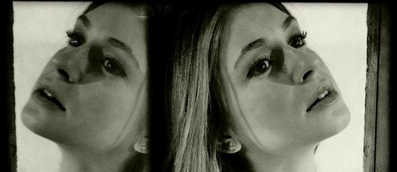 Marina Ruy Barbosa posa para Carmo Dalla Vecchia Foto: Reprodução