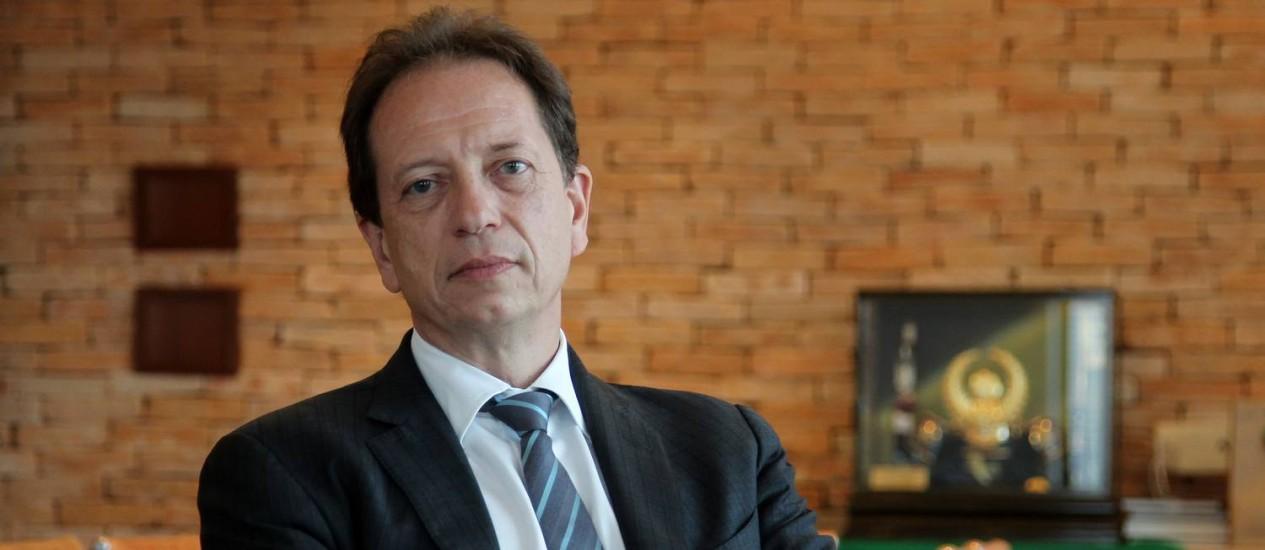 Ernesto Tzirulnik diz que a estatal e minoritários podem ser prejudicados Foto: Michel Filho