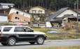 Casas destruídas em Nagano, região central do Japão, após terremoto de magnitude 6,8 atingir a cidade