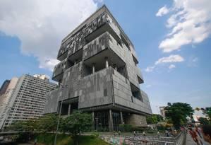 O prédio da Petrobras na Avenida Chile, no Centro do Rio Foto: Pedro Kirilos / O Globo