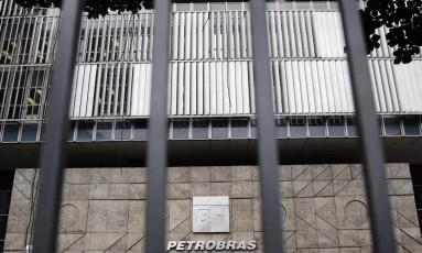 Petrobras vem sendo acompanhada pelas autoridades dos EUA Foto: Sérgio Moraes / Reuters