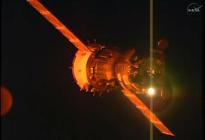 A nave Soyuz se acoplou nesta segunda-feira na Estação Espacial Internacional Foto: Divulgação/Nasa