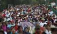 Estudantes da Faculdade de Treinamento de professores de Ayotzinapa fazem passeata em Chilpancingo, em apoio às famílias dos estudantes desaparecidos