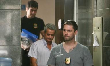 Polícia Federal detém servidor do Incra em operação contra fraudes na regularização de terras para a reforma agrária Foto: Marcus Vaillant / Gazeta de Cuiabá
