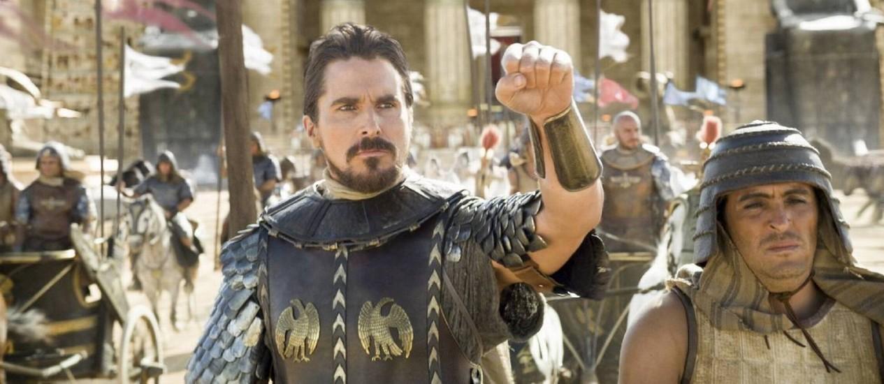Christian Bale vive Moisés no bíblico 'Êxodo': polêmicas étnicas marcam o longa de Ridley Scott Foto: Divulgação / Twentieth Century Fox