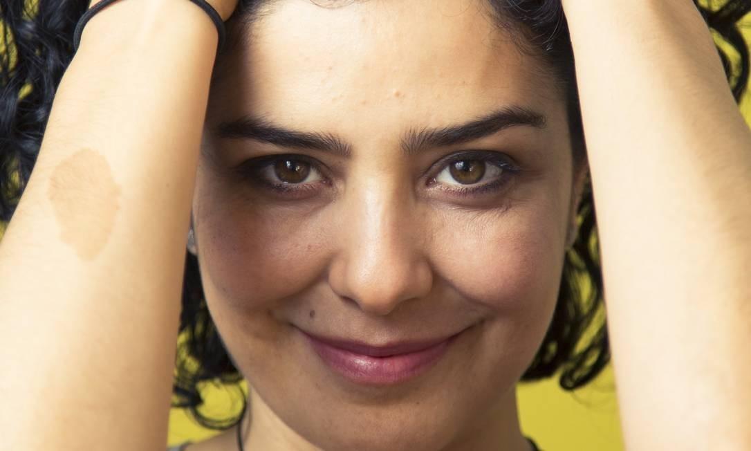 Depois de foto polêmica, Letícia Sabatella se torna musa inspiradora nas redes sociais