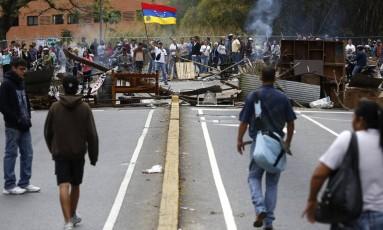 Protestos na Venezuela em fevreiro deixaram mais de 40 mortos. ONU pediu ao país que investigue denúncias de tortura durante o período de manifestações Foto: Carlos Garcia Rawlins / REUTERS