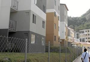 Três blocos. O Parque Carioca tem ao todo 900 apartamentos, dos quais 342 estão ocupados por ex-moradores da Vila Autódromo Foto: Fernanda Dias / Agência O Globo