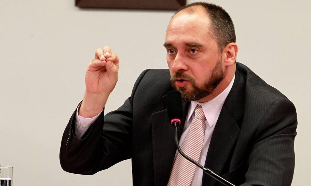 LUÍS INÁCIO ADAMS - Continua na função de advogado-geral da União Foto: Ailton de Freitas / Agência O Globo