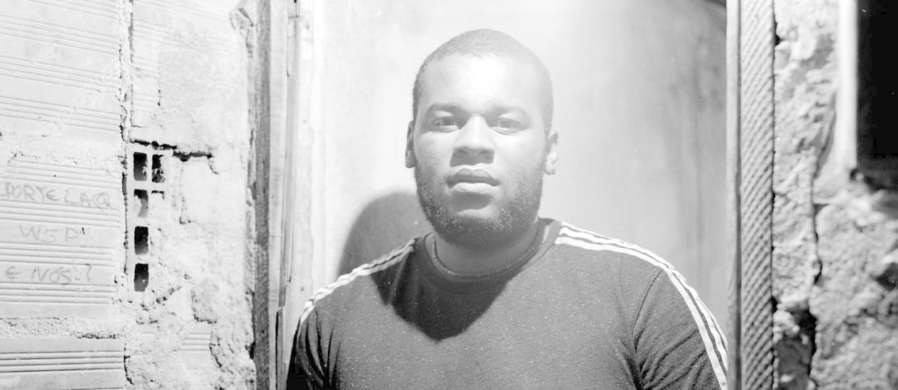 O DJ Marfox, de Portugal, uma das atrações da noite, é especializado em batidas africanas como kuduro, tarrachinha, kizomba e funaná Foto: Divulgação/Diogo Simoes