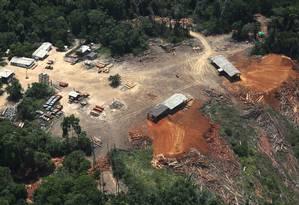Serralheria ilegal em Placas, no Pará, fotografada pelo Greenpeace, seria a origem de madeira detectada na Holanda em 6/11/2014. Foto: Divulgação/Lunae Parracho/Greenpeace