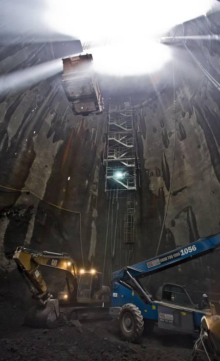 A Estação Gávea é 13 metros mais profunda do que a Cardeal Arco Verde ,devido à maior concentração de argila e terra sobre as rochas Foto: Ivo Gonzalez / Agência O Globo