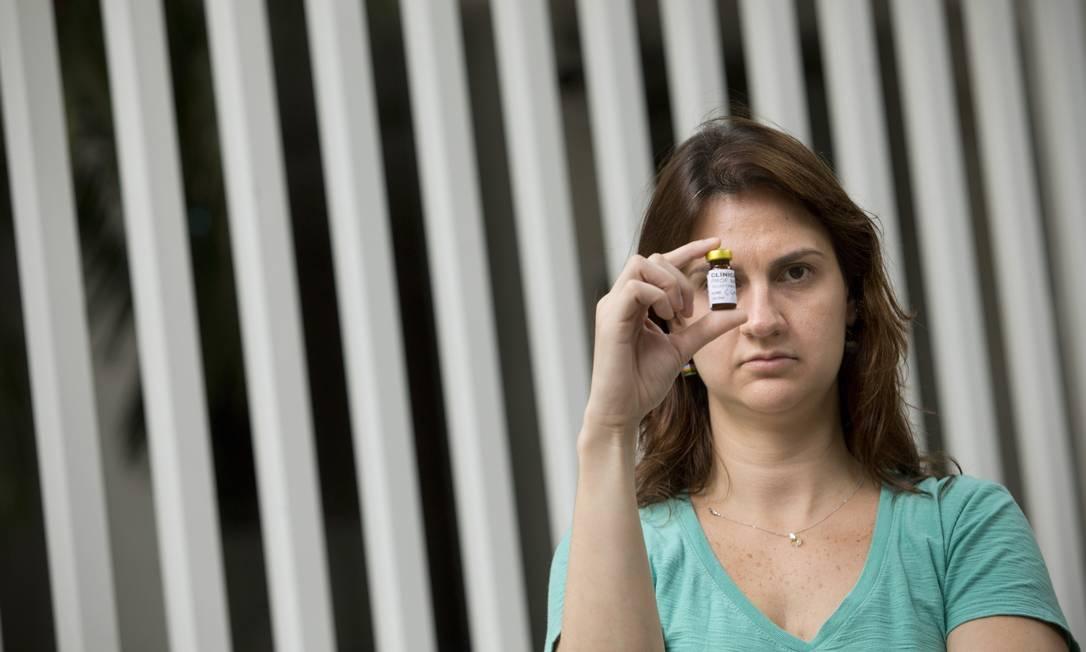 Clara Daguer minimizou as crises de asma após vacinas, mas ainda precisa evitar antibiótico ao qual é alérgica Foto: / Márcia Foletto