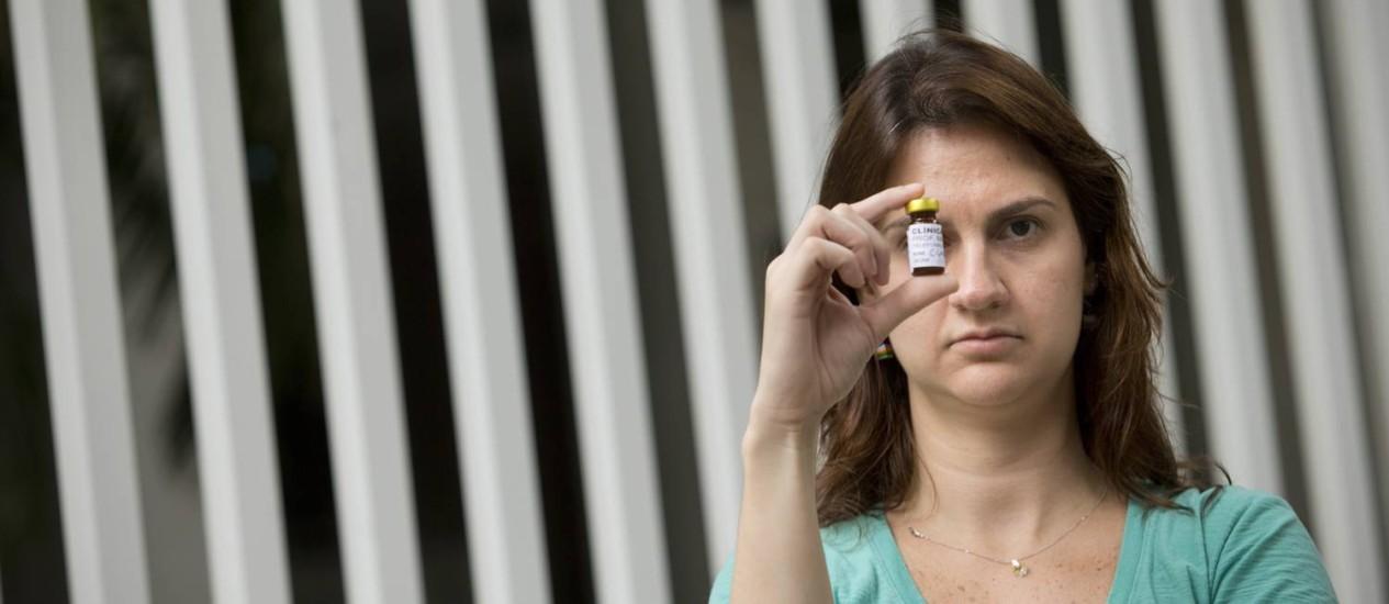 Clara Daguer minimizou as crises de asma após vacinas, mas ainda precisa evitar antibiótico ao qual é alérgica Foto: Márcia Foletto