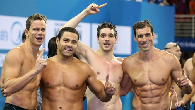 Cesar Cielo, Felipe Franca, Marcos Macedo, Guilherme Guido: o revezamento 4x100m medley, campeão mundial da prova Foto: Satiro Sodre / SSPress