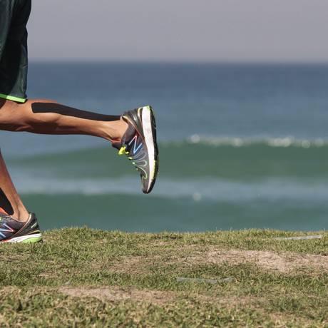 Levantamento aponta que homens se exercitam mais que mulheres Foto: Agência O Globo