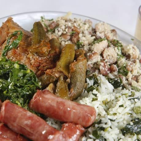 Gordura em excesso é um dos principais problemas no prato do brasileiro Foto: Eduardo Naddar / Agência O Globo