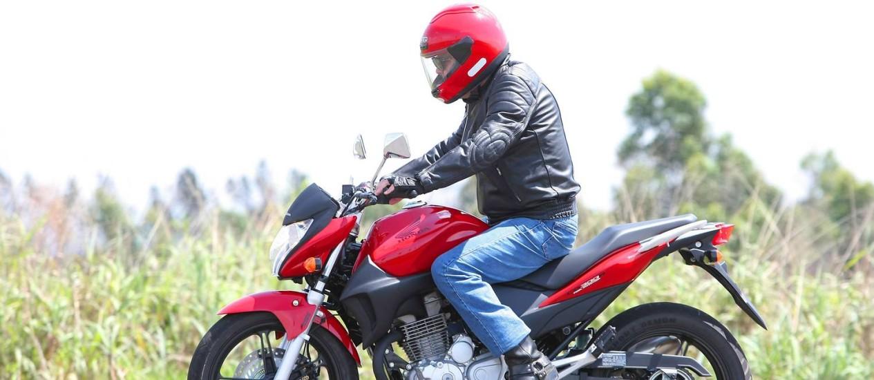 O ABS nas motos evita o travamento das rodas durante uma frenagem brusca Foto: Agência O Globo