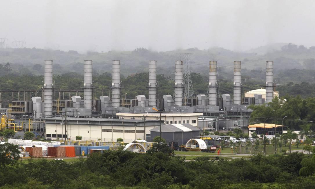 Termoelétrica em Seropédica (RJ): com estiagem e esvaziamento de reservatórios, país recorre a combustíveis fósseis Foto: Custódio Coimbra/10-1-2013